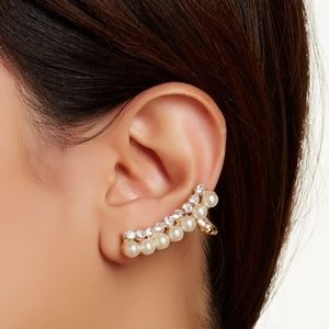 Pearl Cluster Ear Cuff & Pearl Stud Earrings